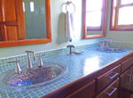 villa4bathroom2-650x386