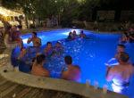 pool-4-med